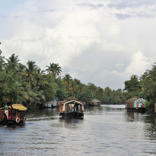 Kerala Backwaters Canale Houseboat