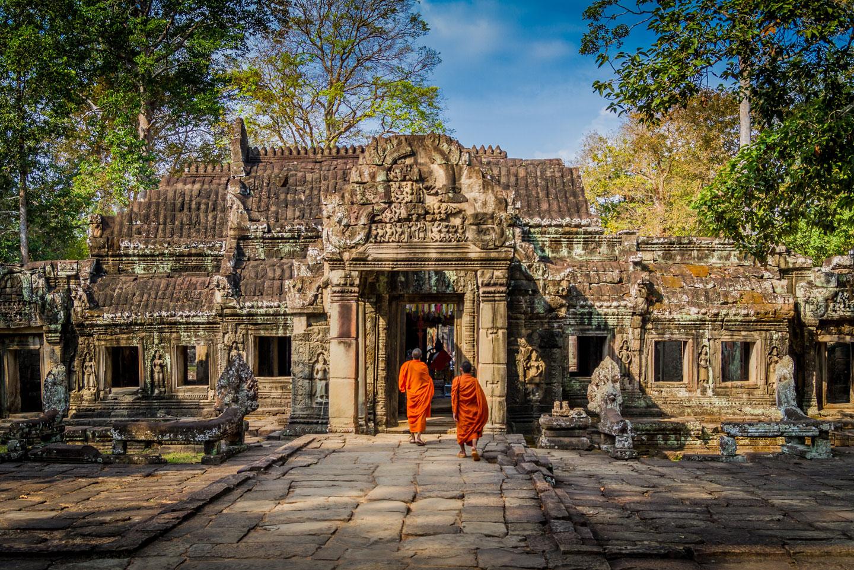 Cambogia Monaci ai Templi di Angkor