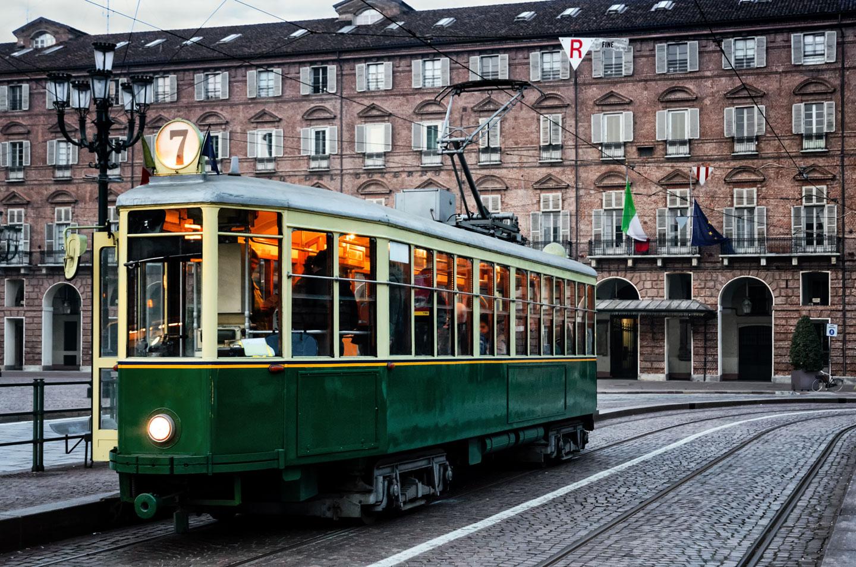 Torino Tram Piazza Castello