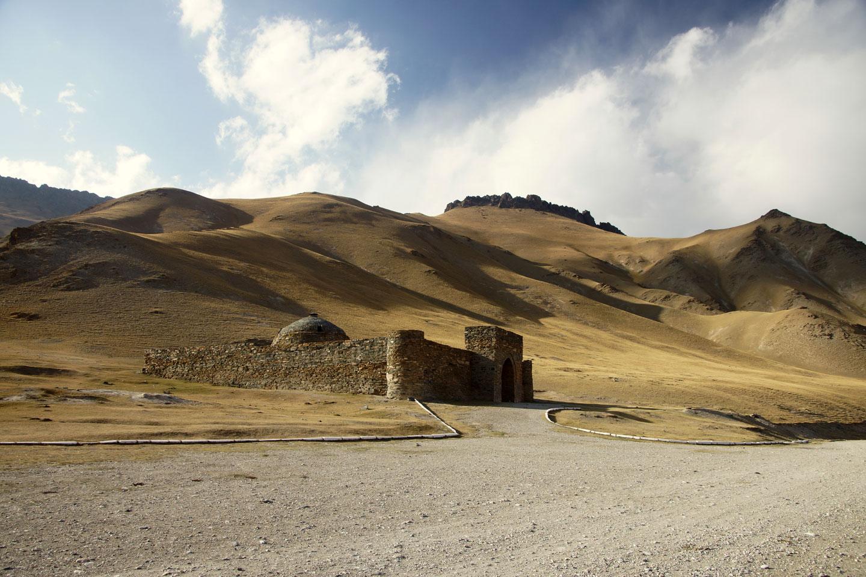 Kirghizistan caravanserraglio Tash Rabat